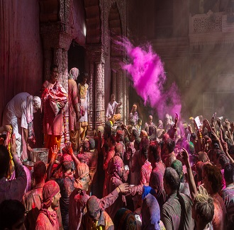 BEST PLACES TO VISIT THIS HOLI